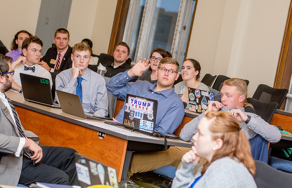 SGA Senate Meeting 2017
