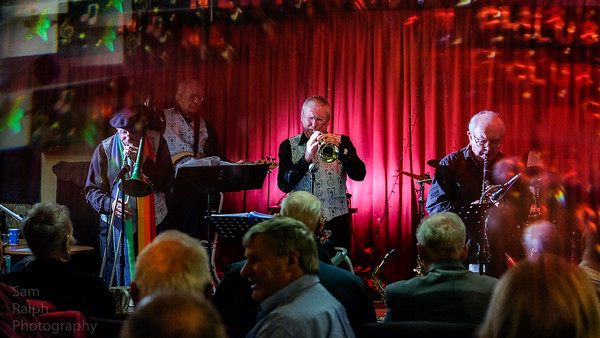 Rochdale Jazz Club Tame Valley Stompers Jan 2019
