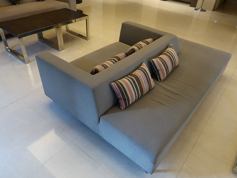 IMG_8861-reception-lounge.JPG