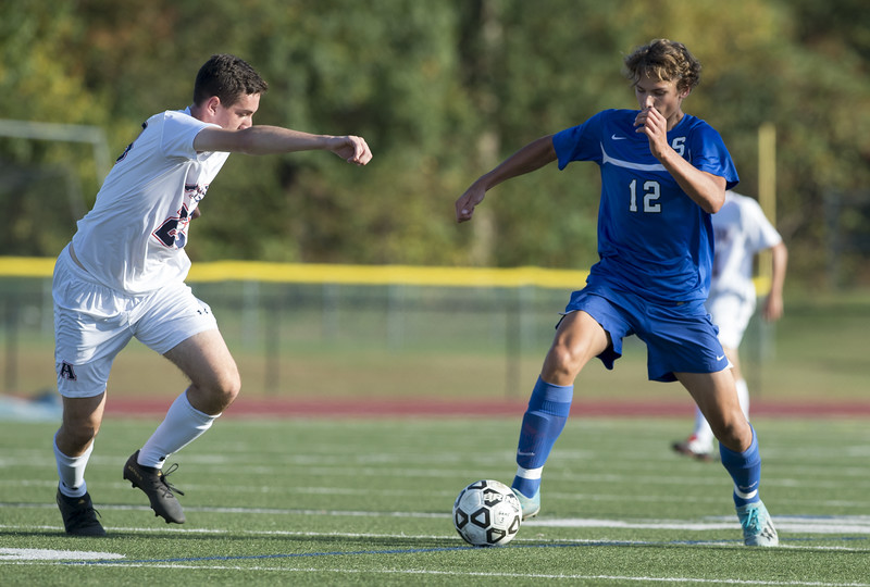 10/01/19  Wesley Bunnell | Staff  Southington boys soccer was defeated by Avon 3-2 on Tuesday afternoon at Southington High School. Cole Marek (12).