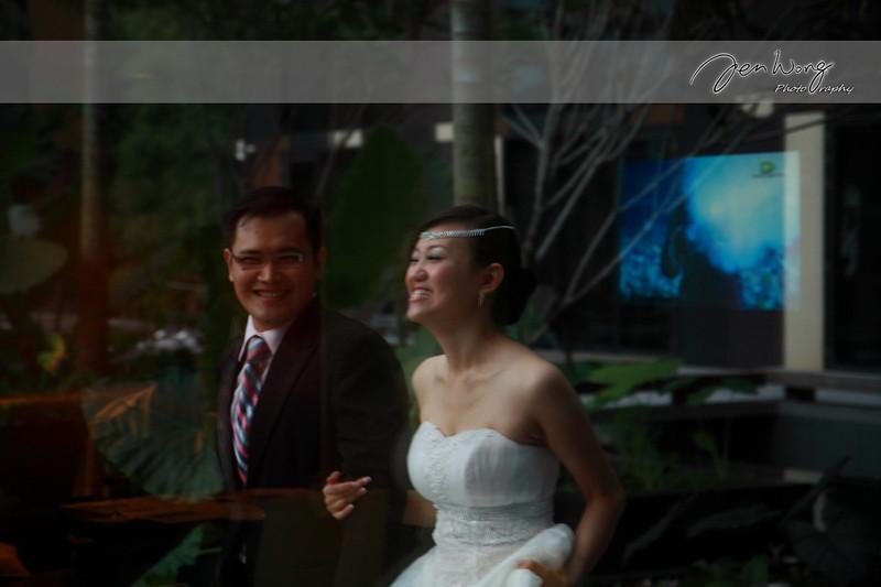 Siang Loong & Siew Leng Wedding_2009-09-25_0557.jpg