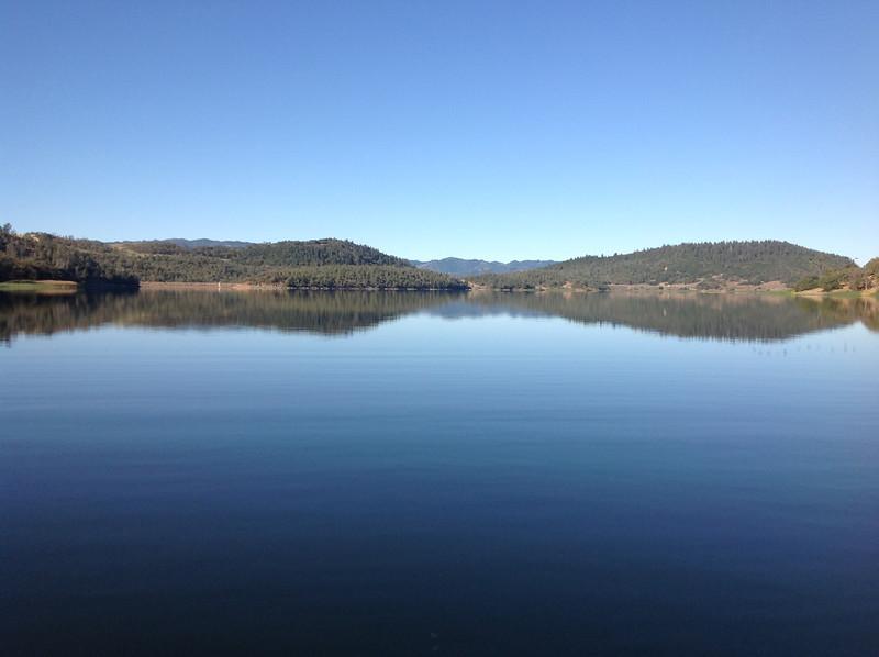 Lake Hennessy 03.JPG