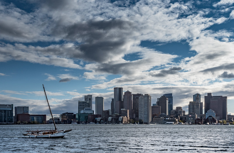 Boston Skyline boat no sail