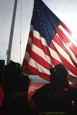 4WTC - Flag Raising 11.29.12