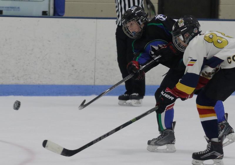 2016-Feb_13-Hockey-JPM3190.jpg