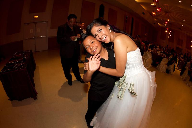 2011-11-11-Servante-Wedding-549.JPG