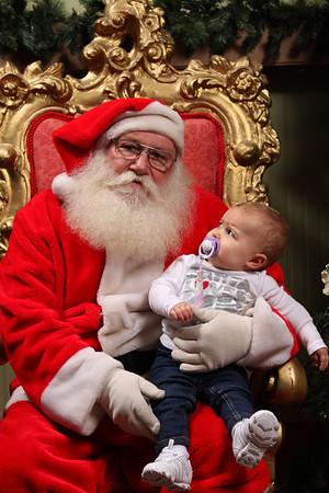 Quinn's Santa Vist