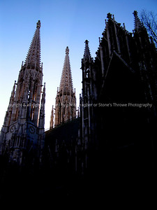 025-cathedral_spire-vienna_austria-20dec04-4232