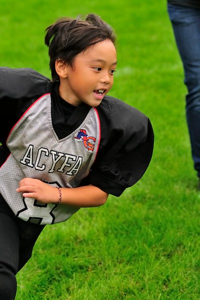 2017-10-07 Owen's Football Game - 3rd Grade 075.jpg