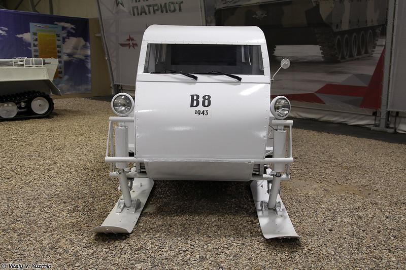 Bombardier B8