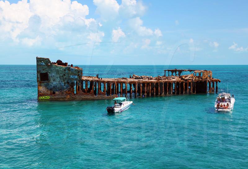 Bahamas - Sapona 3.jpg