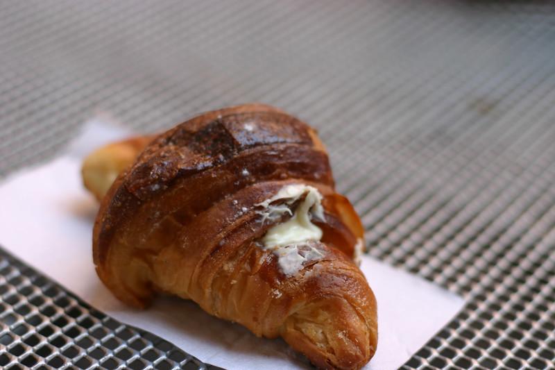 white-chocolate-croissant_2097960971_o.jpg