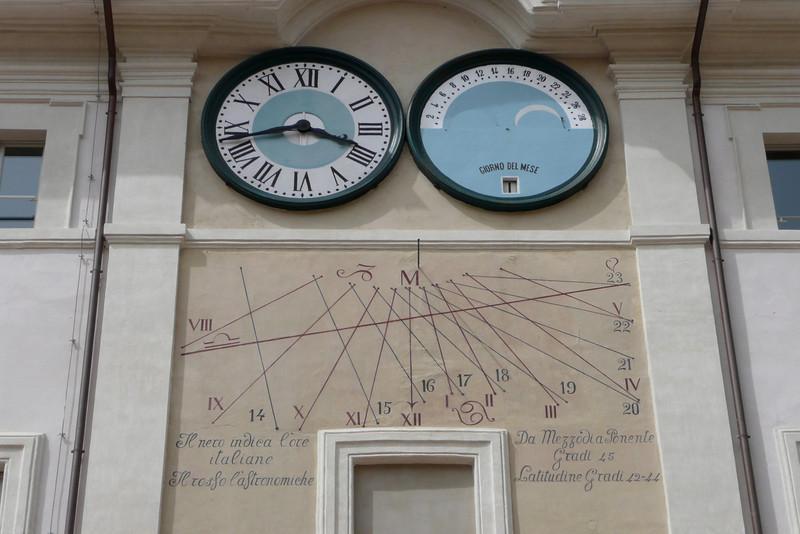 Sundial. Spoleto, Umbria