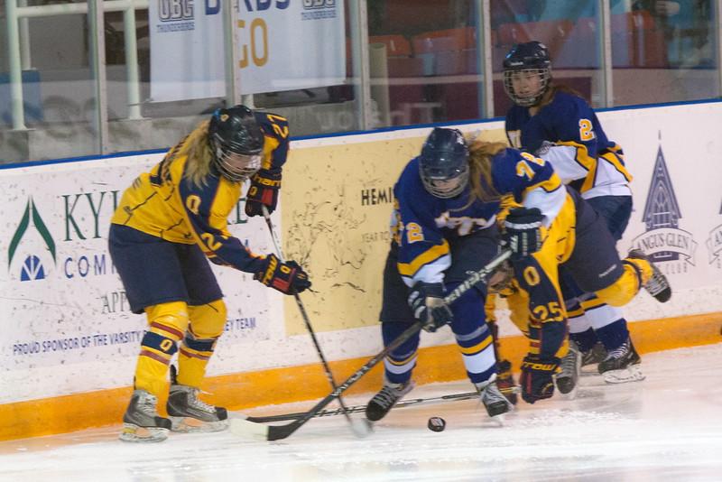 20130310 QWHockeyvsUBC 371.jpg