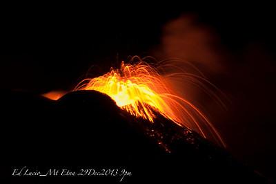Mt Etna_29 Dec 2013 9pm