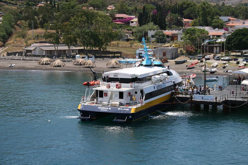 HSC FEDERICA M embarking in Vulcano.