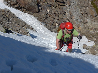 Unnamed Gully, Cerro Buitre Apr 2015