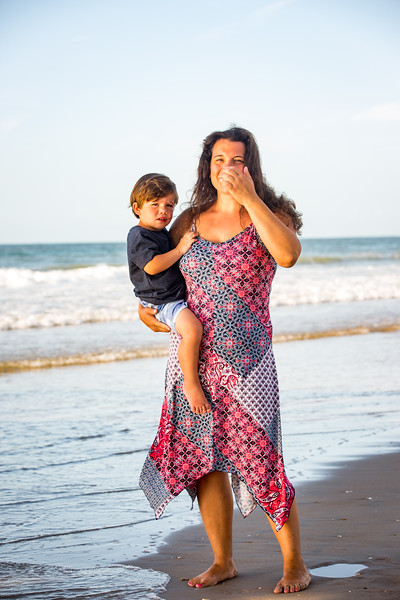 Family beach photos-103.jpg