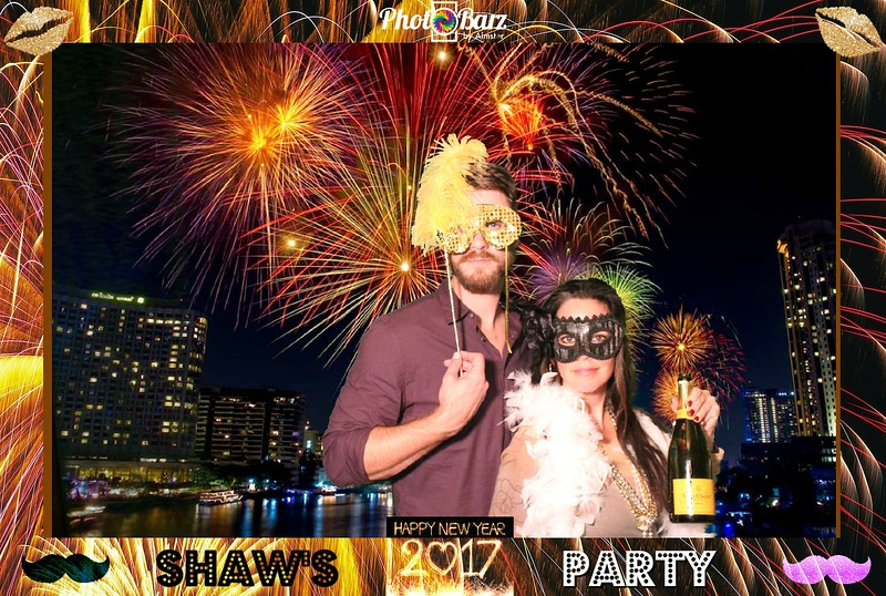 Shaws NYDay Party (100).jpg