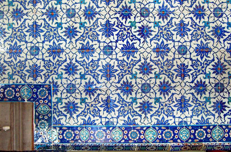 24-Rustem Pasha Mosque, İznik tiles.