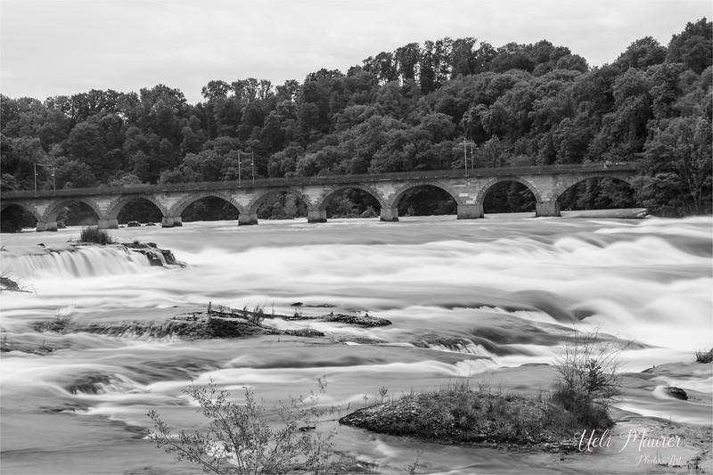 2017-06-14 Rheinfall Neuhausen - 0U5A8404.jpg