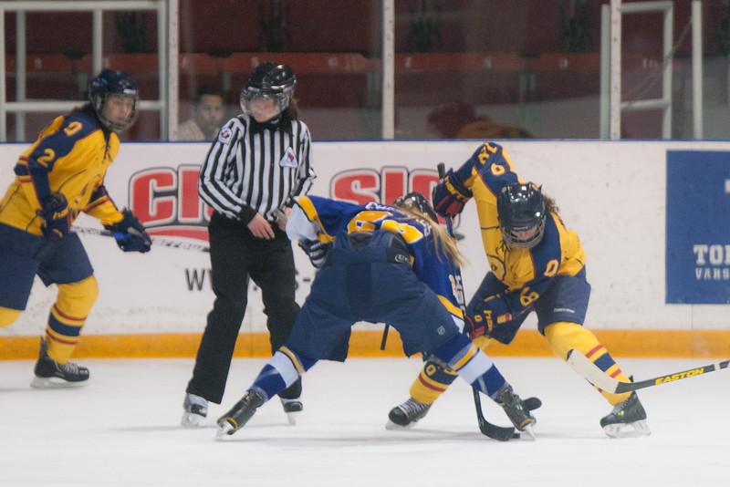 20130310 QWHockeyvsUBC 438.jpg