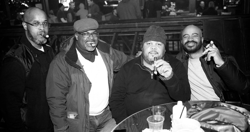 Party Source Cigar  24.jpg
