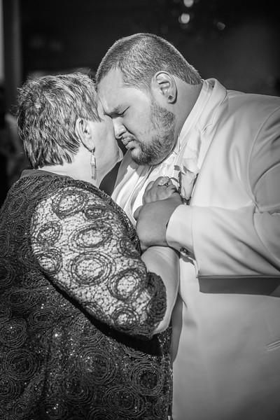 MEG_5626_tonya_josh_new jerrsey wedding photography.jpg