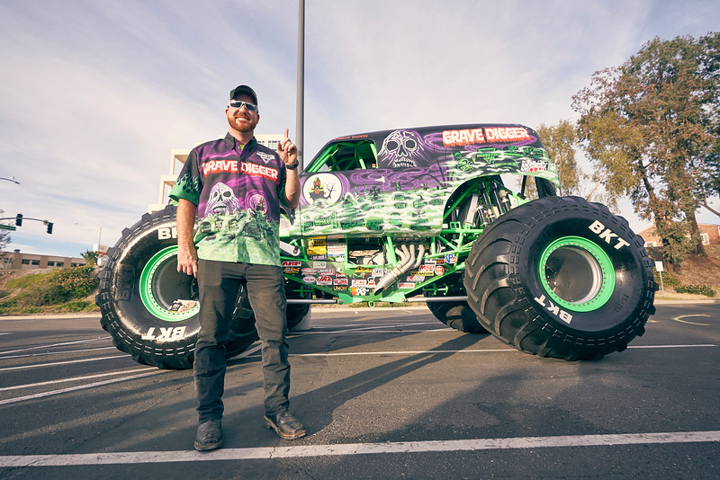 Grossmont Center Monster Jam Truck 2019 04.jpg