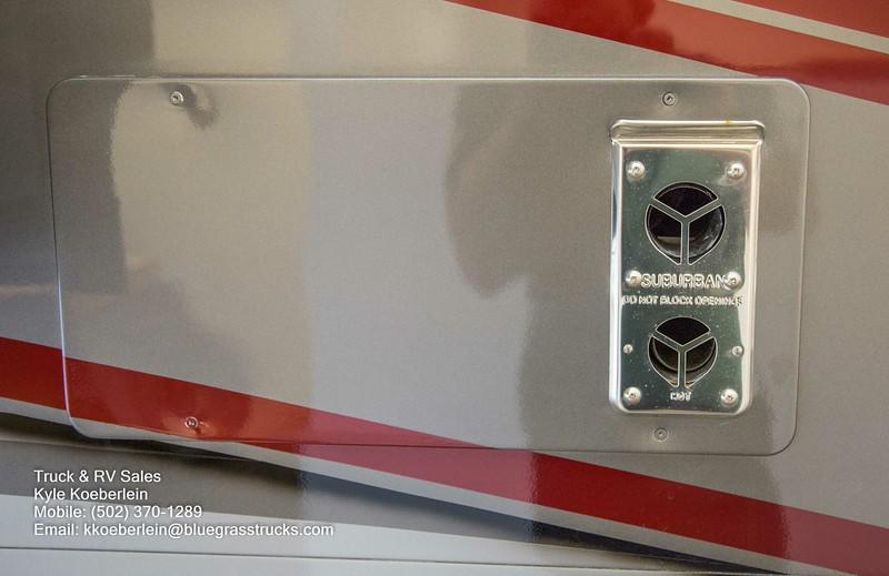 R0016 Renegade Valencia-13.jpg