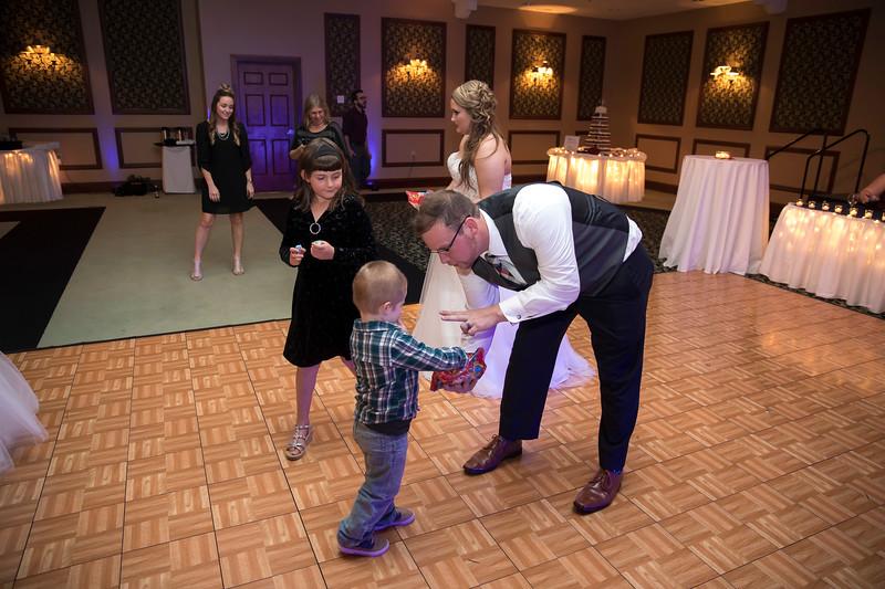 Amanda & Tyler Wedding 0728.jpg