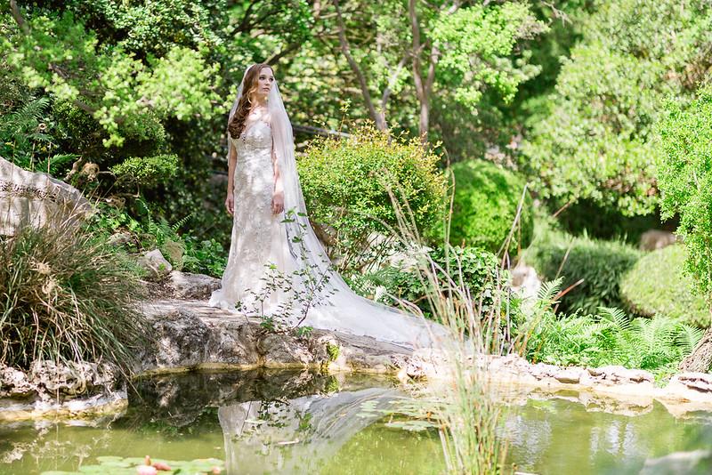 Christine_Bridal_Portraits_Zilker_Botanical_Garden_Austin_TX-8.jpg