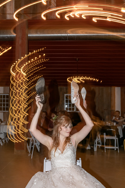 Logan_Sarah_Wedding_Rock_Ridge_Orchard_LLC_Edgar_Wisconsin_November_10_2018-372.jpg