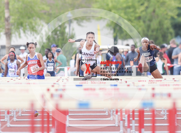 maxpreps.Track18.Wed.Pre.Girls.Run.Hurdles