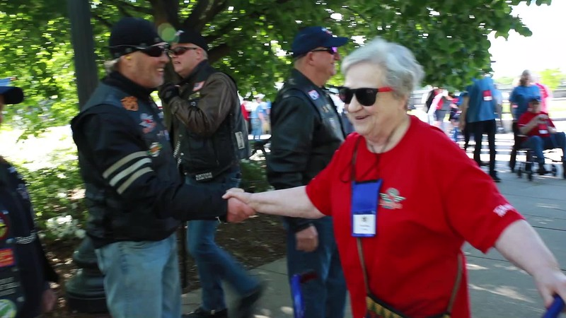 2019 April Day 2 Arriving at WWII Memorial with BWI Brownies (3 of 1).mp4