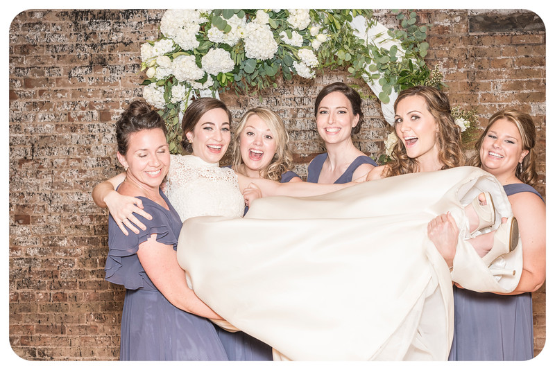 Laren&Bob-Wedding-Photobooth-28.jpg