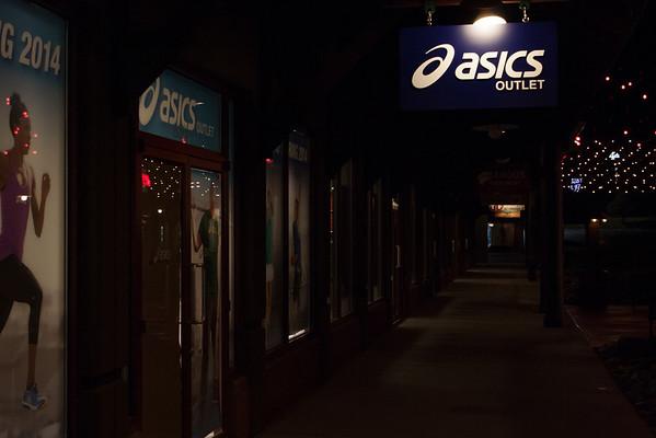 Asics Sign (830)