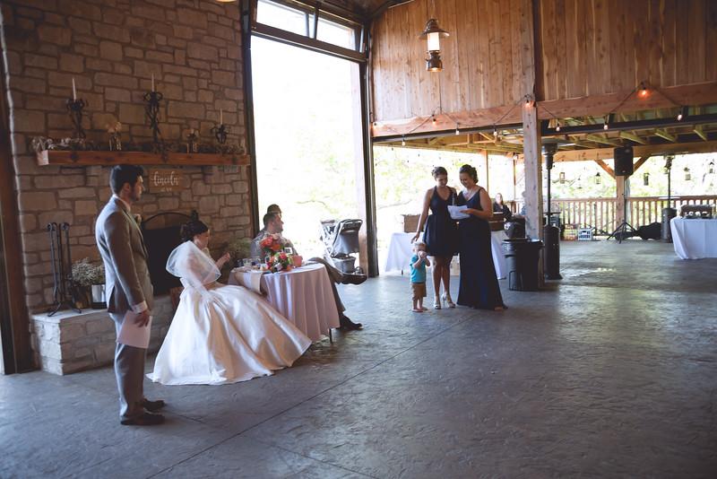 Hannah and David Wedding-6213.jpg