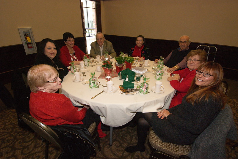 2014-12-04-Philtopchos-Seniors-Christmas-Luncheon_018.jpg
