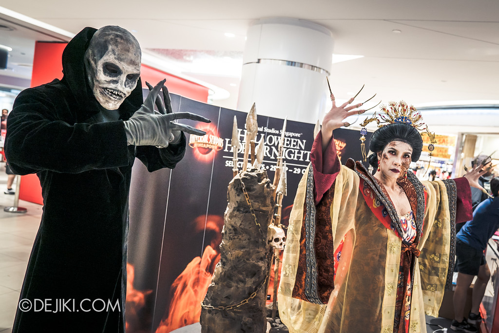 Halloween Horror Nights 7 Before Dark 5 - Scare Actor Meet and Greet HHN7 Icons at Tampines Mall - Empress and Lord Obsession