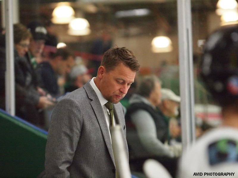 Okotoks Oilers vd Olds Grizzlys Oct20 AJHL (19).jpg