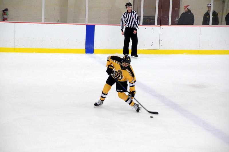 141004 Jr. Bruins vs. Boston Bulldogs-077.JPG