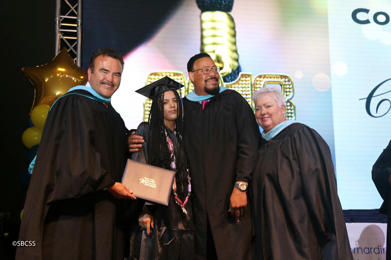 20180615_StudentServGrad-diplomas-14.jpg