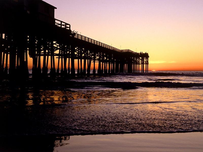 Crystal Pier, San Diego, California.jpg