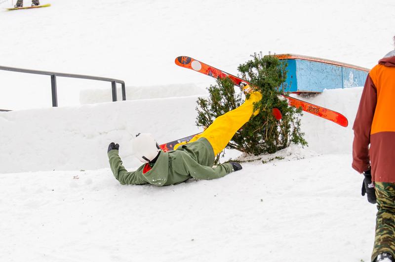 Snow-Trails_Mid-Season-2015-SpFeat-16.jpg