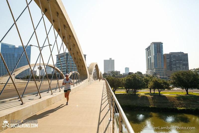 Fort Worth-Social Running_917-0131.jpg