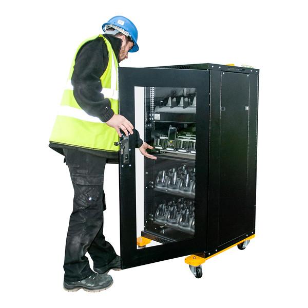 midi charging cabinet (2).jpg