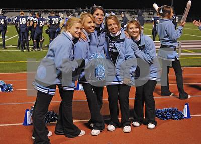 10/6/06 Livonia Stevenson Varsity Cheerleaders at Homecoming