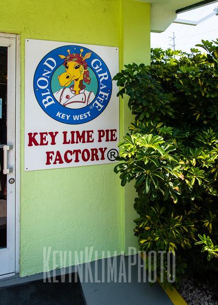 Blond Giraffe - Key Lime Pie Factory