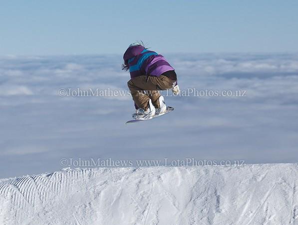 20120718 Snow Boarders on Turoa ski field _MG_5310 WM
